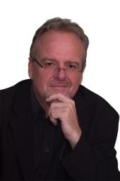 Derek Henderikz 03-2020 b.jpg